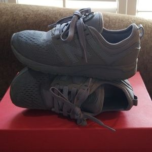 New Balance size 1 running shoes